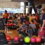 Соревнования по боулингу для детей и взрослых